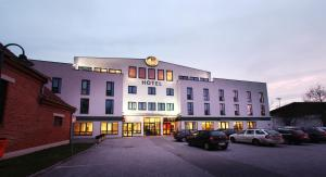 Hotel GIP, Бад-Тацмансдорф