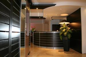 Hôtel Comté de Nice, Hotely  Beaulieu-sur-Mer - big - 47