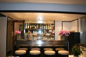 Hôtel Comté de Nice, Hotely  Beaulieu-sur-Mer - big - 77