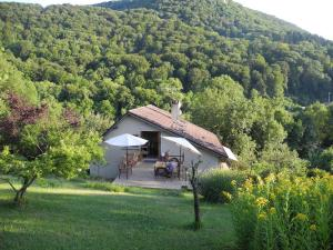 Location gîte, chambres d'hotes La Maison Imparfaite dans le département Doubs 25