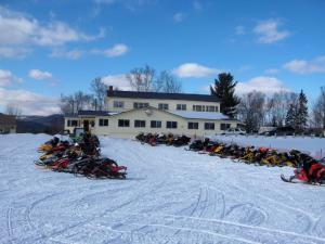 . Colebrook Country Club & Hotel