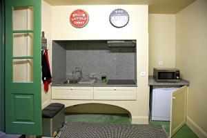 29 Madeira Hostel by Petit Hotels, Ostelli  Funchal - big - 31