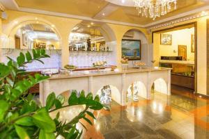 Grand Hotel Uyut, Hotel  Krasnodar - big - 62