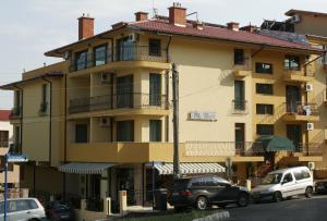 Villa Valeev