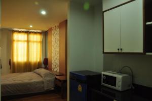 The Laguna Apartment
