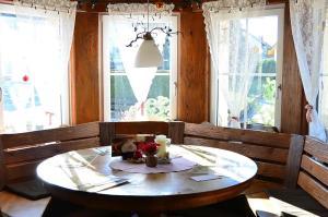 Cafe Verkehrt - Kultur Genuss Hotel, Hotely  Oberhof - big - 20