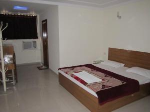 萨里塔酒店
