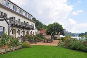 Elbterrasse Wehlen - Dorf Wehlen
