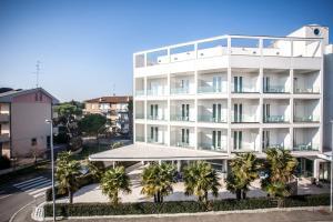 Hotel Oceanomare - AbcAlberghi.com
