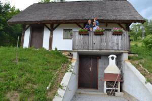Vineyard Cottage Skatlar 2