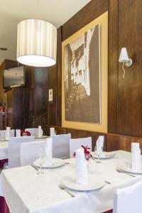 Hostal Restaurante Alarico, Pensionen  Allariz - big - 26