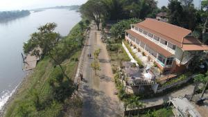 Day Waterfront Hotel - Chiang Khong