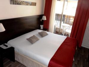 Hôtel Comté de Nice, Hotely  Beaulieu-sur-Mer - big - 14