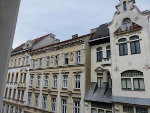 Stadtnest B&B Wien, Bed & Breakfasts  Wien - big - 46