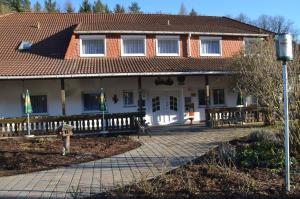 Land-Hotel Am Wald Garni - Elsterberg