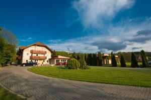 Hotel Honti, Отели  Вишеград - big - 45