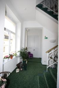 Hotel Garni Haus Hindenburg, Szállodák  Königswinter - big - 27