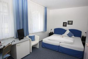Hotel Garni Haus Hindenburg, Отели  Кёнигсвинтер - big - 3