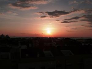 Cozy Apartment with Sunset View, Aveiro