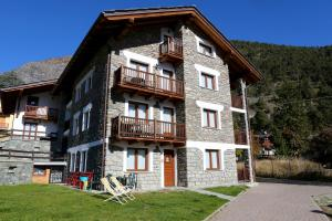 Valley Vacanze - Apartment - Brusson