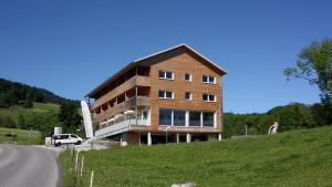 Panoramahotel Sonnhalde, Hotely  Schwarzenberg im Bregenzerwald - big - 72