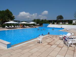 Holiday House in Vulcano - AbcAlberghi.com