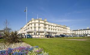 obrázek - The Carlton Hotel