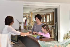 Pension Waldkristall, Hotely  Frauenau - big - 15