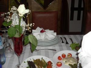 Hotel Castle Park, Отели  Берат - big - 65
