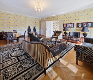 The Bonerowski Palace (34 of 67)