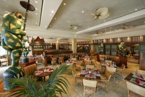 Loews Royal Pacific Resort (16 of 42)