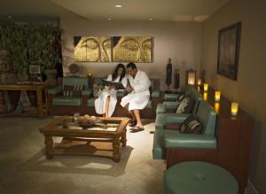 Loews Royal Pacific Resort (4 of 28)