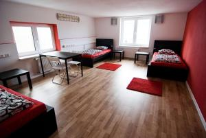 Nitra Glycerin Hostel