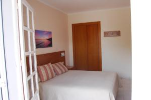 Double or Twin Room Hostal Marazul