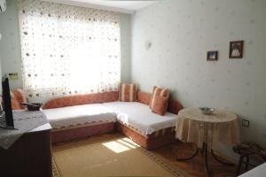 Apartment Dora, Appartamenti  Pomorie - big - 13