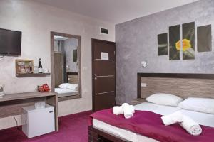 Side One Design Hotel Garni