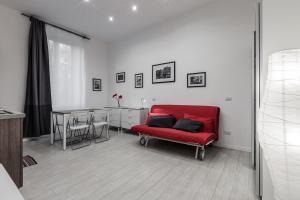 Eustachi Apartment - Milan