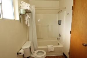 Oakhurst Lodge, Turistaházak  Oakhurst - big - 6
