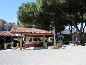 Camping Roma - AbcAlberghi.com