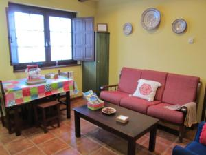 Apartamentos Rurales Casa Pachona, Ferienwohnungen  Puerto de Vega - big - 6