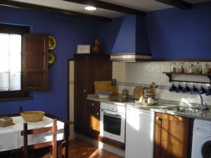Apartamentos Rurales Casa Pachona, Ferienwohnungen  Puerto de Vega - big - 83