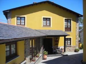 Apartamentos Rurales Casa Pachona, Апартаменты  Пуэрто-де-Вега - big - 83