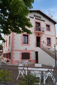 Hotel Les Mimosas A Arcachon Avec Terrasse Et Wifi Gratuit