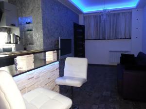 Apartament Neon