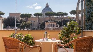 Sistine Chapel View Terrace - abcRoma.com