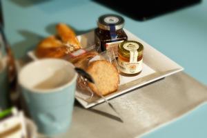 Gio'el B&B, Bed and Breakfasts  Bergamo - big - 36