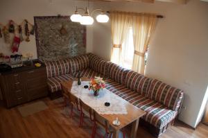 Aste Guesthouse - Tropojë