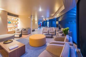Hotel Dom Henrique - Downtown, Отели  Порту - big - 39