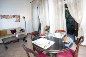 Appartamento Con Giardino, Apartments  Florence - big - 35