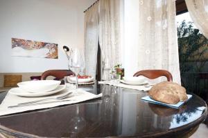 Appartamento Con Giardino, Apartments  Florence - big - 47